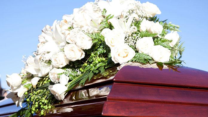 Jak odpowiednio zorganizować pogrzeb w Warszawie